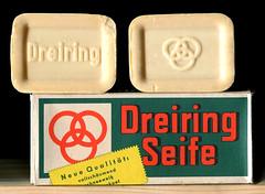 Eine Packung Kernseife der Dreiring-Werke in Krefeld