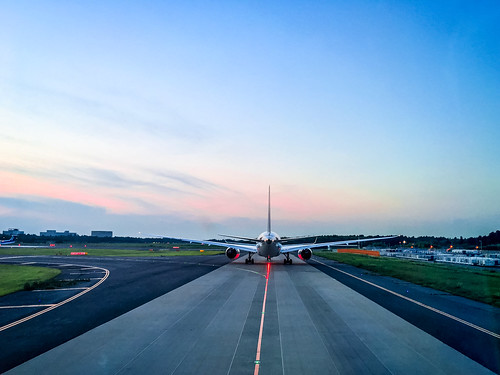 nrt airliner naritaairport sunset japan airplane naritashi chibaken jp