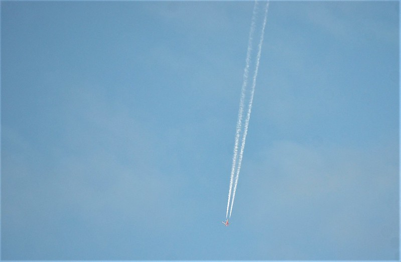 Plane 10.10 (2)