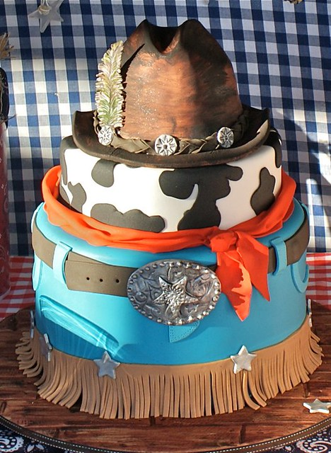 Cake by Calamity Cakes
