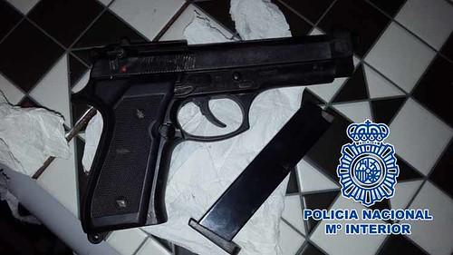 2017-10-15 La Línea Pistola1