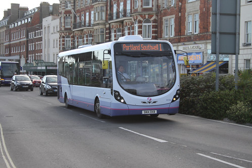 First Hampshire & Dorset 63183 SN14DXB