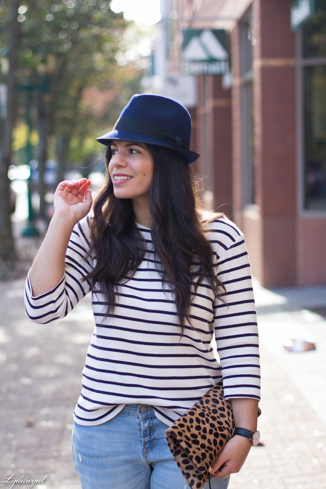 striped shirt, distressed jeans, red flats, navy fedora, leopard clutch-9