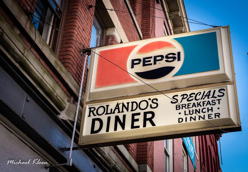 Rolando's Diner