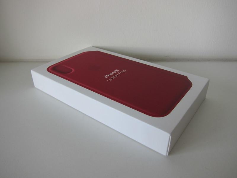 Apple iPhone X Folio Case - Box