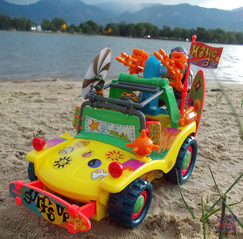 TEENAGE MUTANT NINJA TURTLES :: MIKE'S KOWABUNGA SURF BUGGY .. turns ii (( 1991 ))