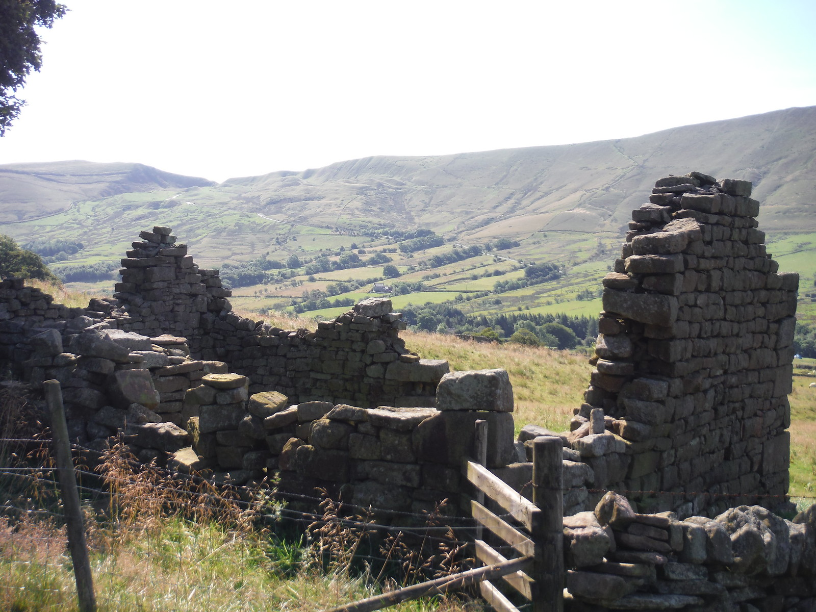 Ruin off Pennine Way, Upper Booth SWC Walk 303 - Edale Circular (via Kinder Scout and Mam Tor)
