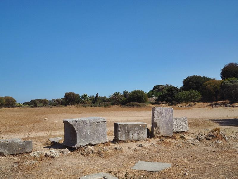 antiikin-rodos-akropolis-alue