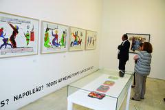 Kalil visita exposição de Pedro Moraleida