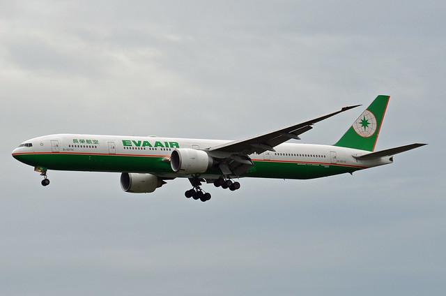 Eva Air Boeing 777-35E(ER) B-16710