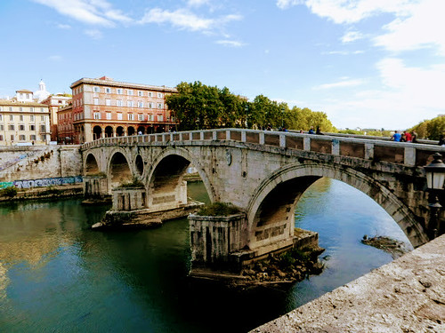 Ponte Sisto Footbridge, Trastevere
