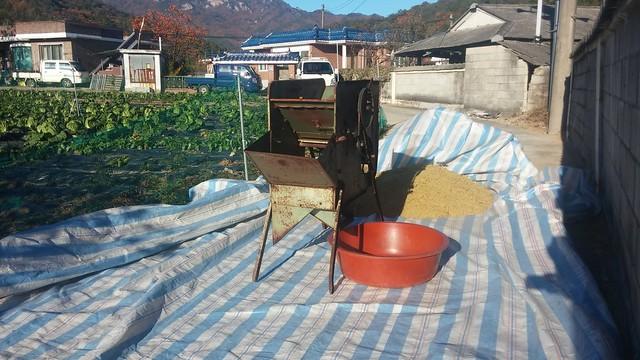 가을아침 | 탈곡 송풍기
