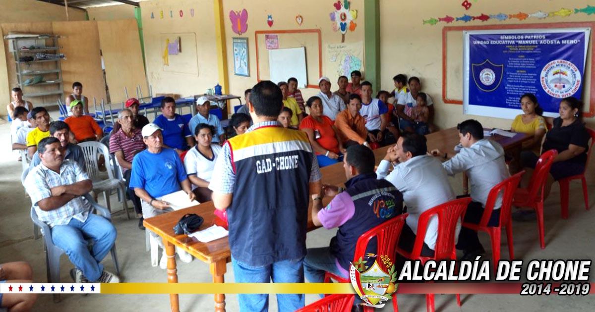 Funcionarios municipales se reunieron con moradores de Ñause