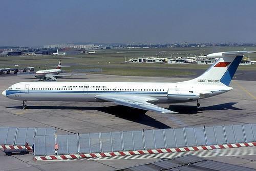 Ilyushin_Il-62,_Aeroflot_AN0723959