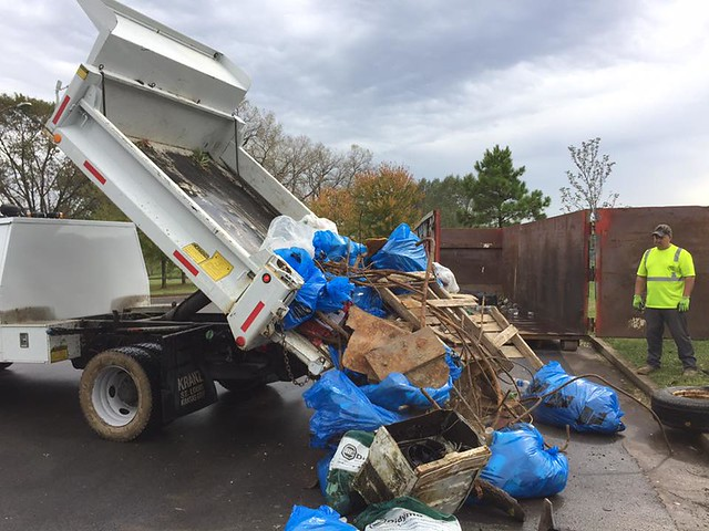 2017 River des Peres Trash Bash