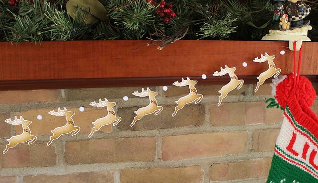 Reindeer Garland 2
