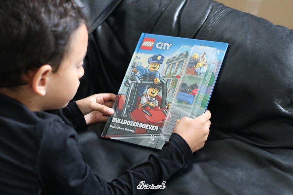 LEGO bulldozerboeven