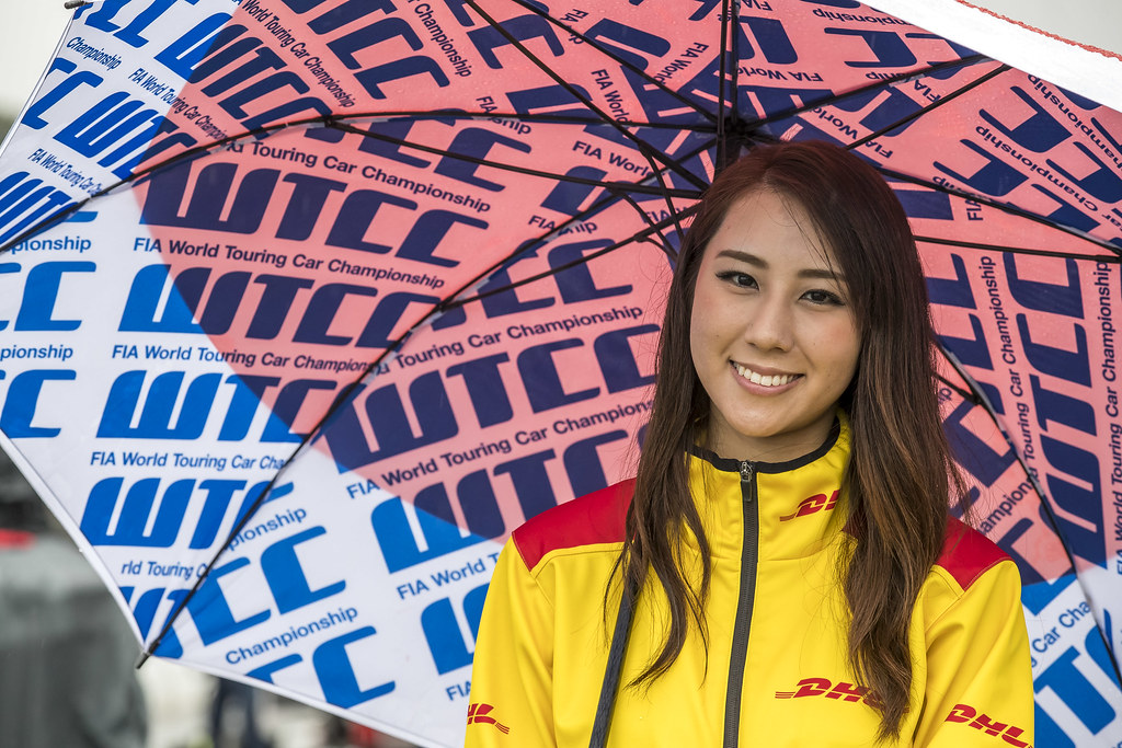 Girl DHL ambiance during the 2017 FIA WTCC World Touring Car Championship race at Motegi from october 27 to 29, Japan - Photo Gregory Lenormand / DPPI