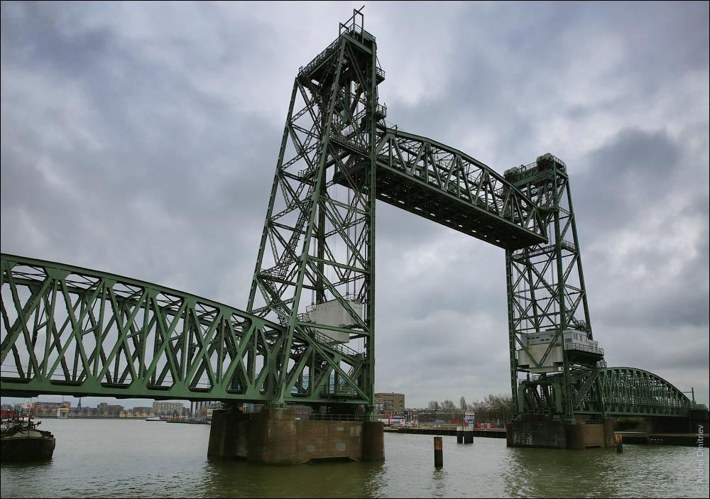 Мост De Hef