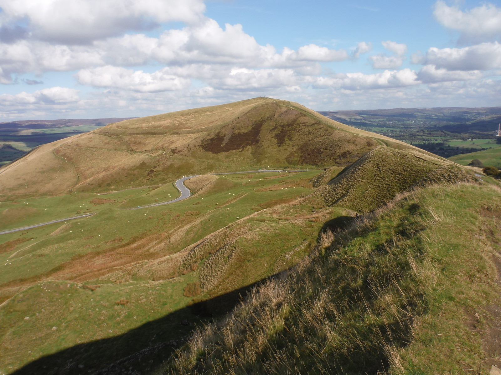 Mam Nick and Mam Tor, from Rushup Edge SWC Walk 302 - Bamford to Edale (via Win Hill and Great Ridge)