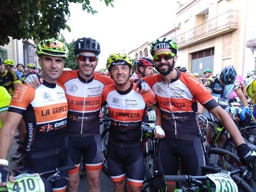 Ciclistas del Club La Grupetta en una competición