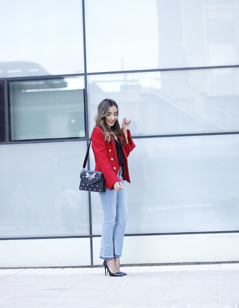 red blazer black heels bee bag denim lace top style fashion outfit trend autumn09