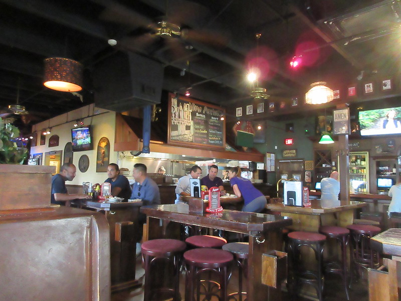 Lagers interior Veterans Highway Metairie
