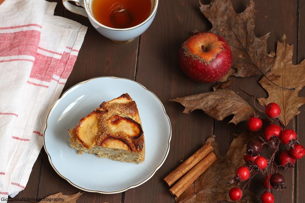 Torta integrale di mele con nocciole 7