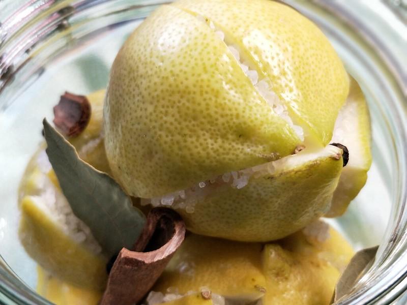 Eingelegte Salz-Zitronen