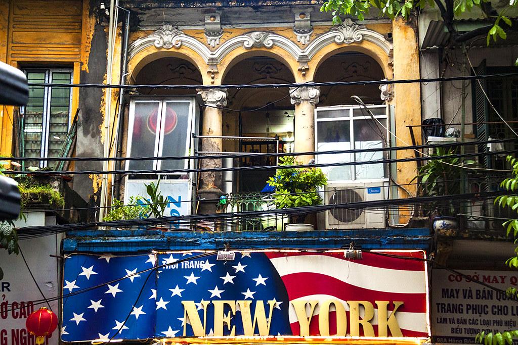 THOI TRANG NEW YORK--Hanoi