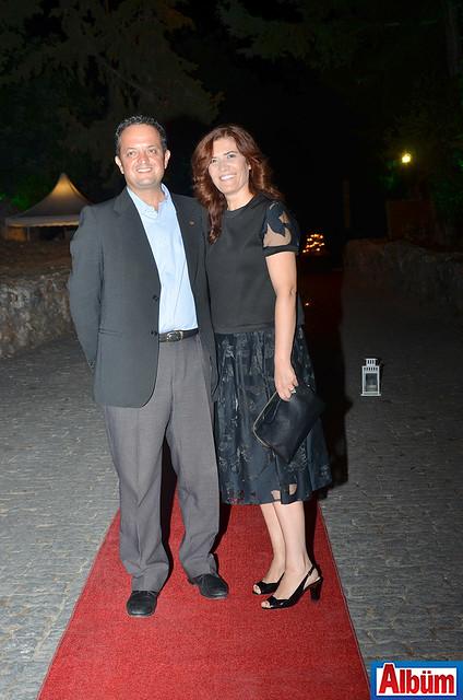 Mehmet Zafer Peker ve eşi