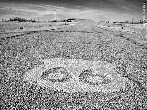 route66 rte66 us66 highway66 highway road themotherroad old historichighway historicroad historicbyway kansas january 2017 january2017 getyourkicksonroute66 cherokeecounty galena viaduct galenaviaduct marking roadmarking bw blackandwhite blackwhite usa ngc