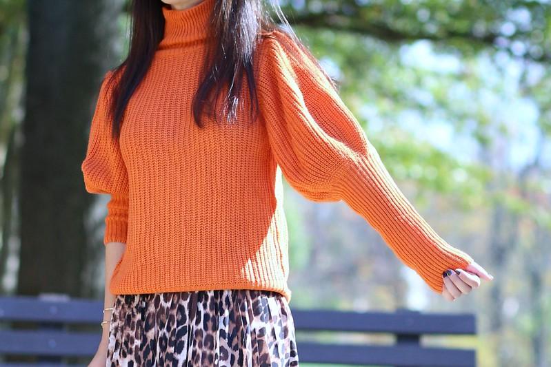 OrangeSweater_SydneysFashionDiary