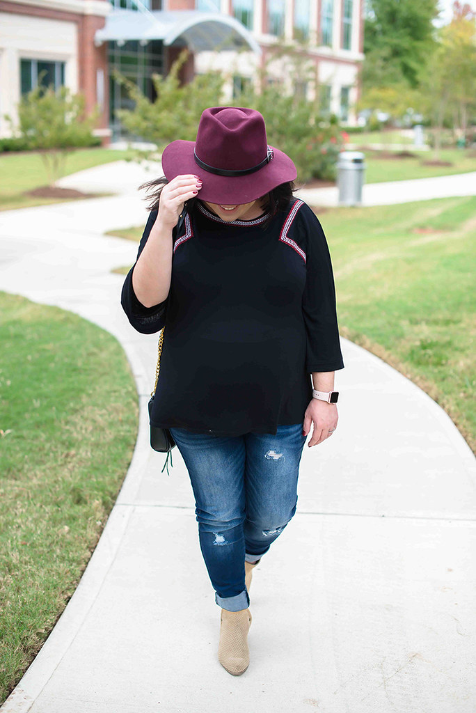 Burgundy Fall Hat-@headtotoechic-Head to Toe Chic