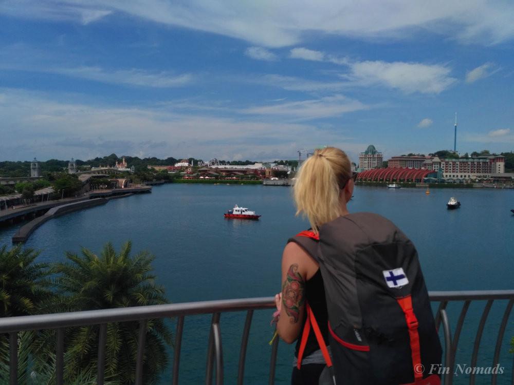 Singapore backpacking