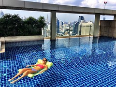 I like to take my #rest days just as seriously as my #training days! #bangkok #pool life :sweat_drops::bikini::swimmer::sunny::heart_eyes: