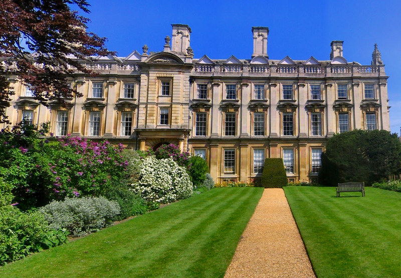 The Scholars' Garden, Clare College, Cambridge. Credit Ed g2s