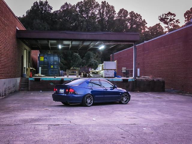 Lexus IS300 - Page 37 36794139884_8496cf39c9_z