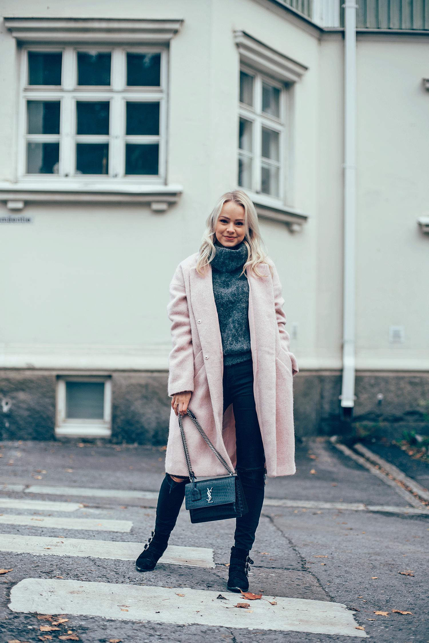 Pink_coat5