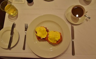 The Angel Hotel Abergavenny - Brecon Beacons National Park - Breakfast