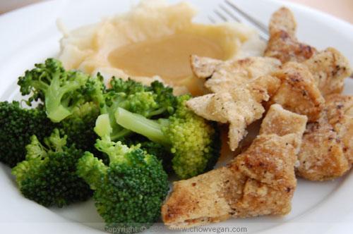 Vegan Chicken Dinner | Chow Vegan