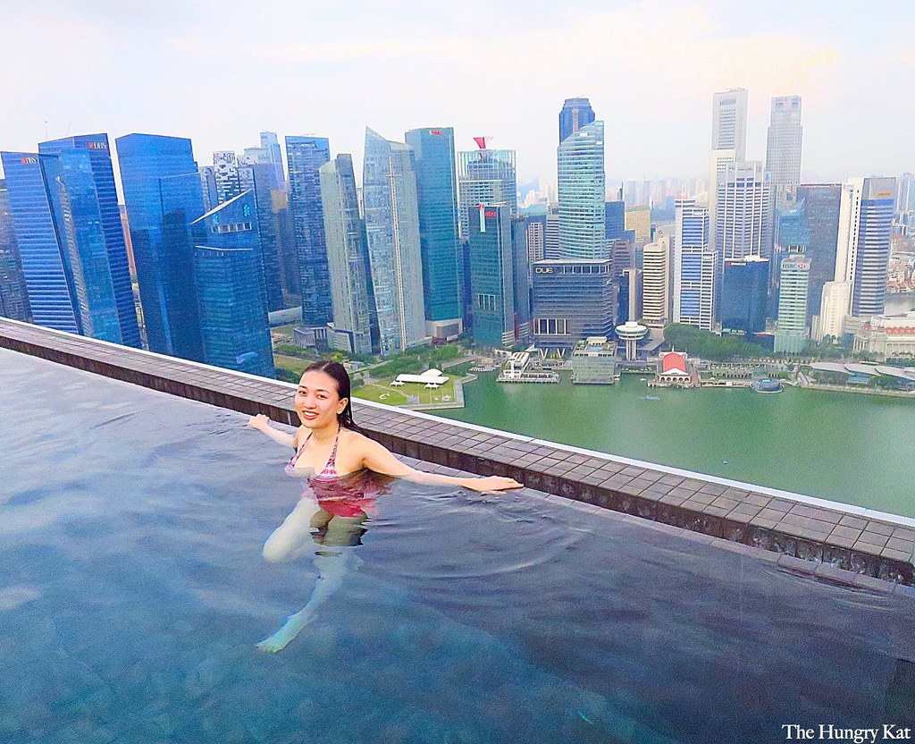 The hungry kat vip club room experience at marina bay for Singapour marina bay sands piscine