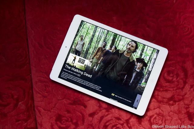 Kummalliset Tavat Blogihaaste bloggaaja iPad Air ViaPlay lempisarjat Walking Dead Zombisarjat