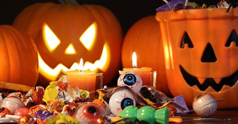 Sequestro gadget di halloween non sicuri a Vallo della Lucania