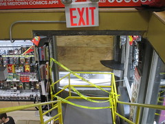 Man Jumps Out Midtown Comics Store 2nd Floor Window 2257