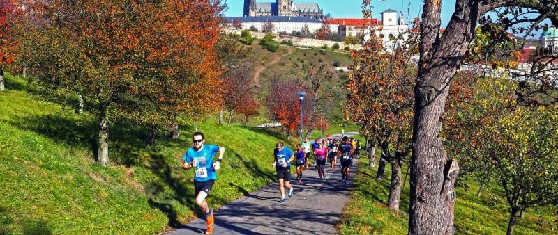 Hudec a Kratochvílová opanovalo čtvrtý City Cross Run & Walk Prague
