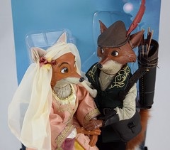 2017 Robin Hood and Maid Marian Designer Doll Set - Disney Store Purchase - Covers Off - Midrange Top Front View