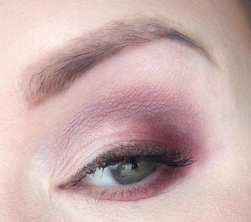 Modern Renaissance makeup