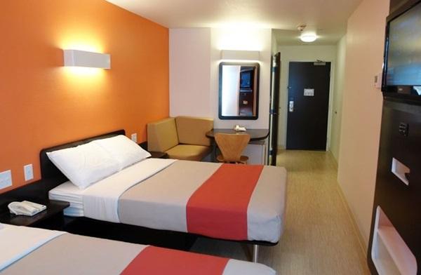 520. Hotel