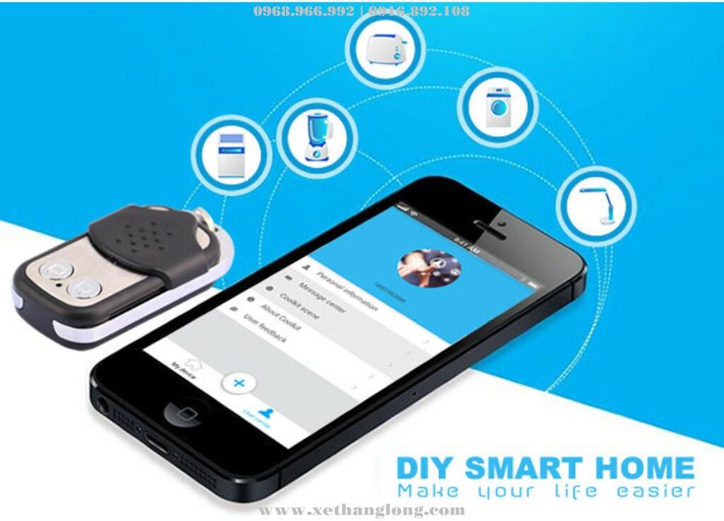 Điều khiển bằng Remote hoặc điện thoại qua mạng Wifi